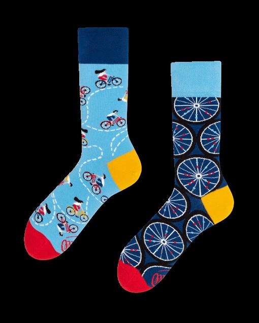 many-mornings-socks-the-bicycles-mode-kado1